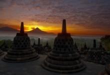 Wisata Borobudur Sunrise-Prambanan-Pendakian Merapi (Wisata Jogja 5)
